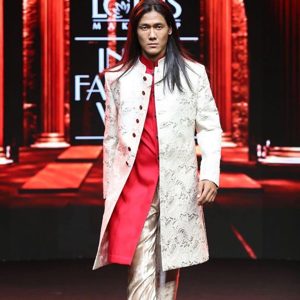 IMG 5518 Ravi Bajaj 60/70s throwback makes it big at phygital India Fashion Week