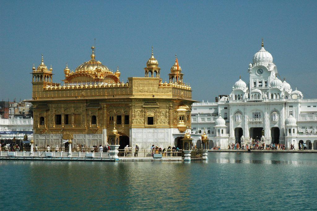 HarmandirSahib Gateway 13 best places to visit in India