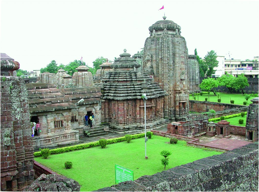 Lingaraj temple Bhubaneswar 11007 13 best places to visit in India