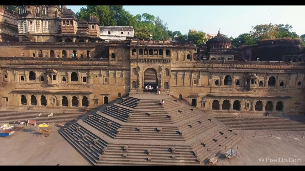 Maheshwar fort Best Forts To Visit In Madhya Pradesh