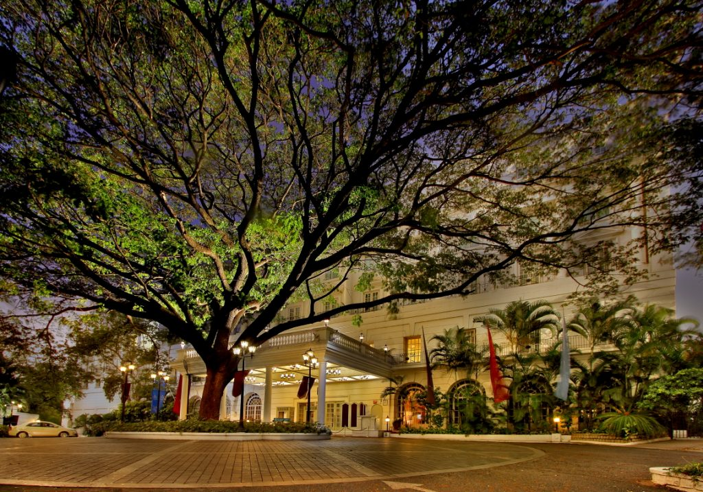 Driveaway Approach Front Facade ITC Windsor ITC Windsor, world's first hotel to achieve LEED Zero Carbon Certification