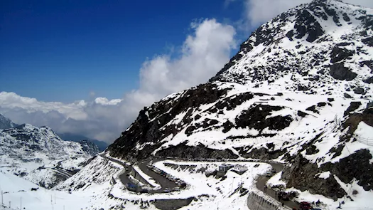 Nathula pass Gangtok: From majestic Mountains to meditative Monasteries