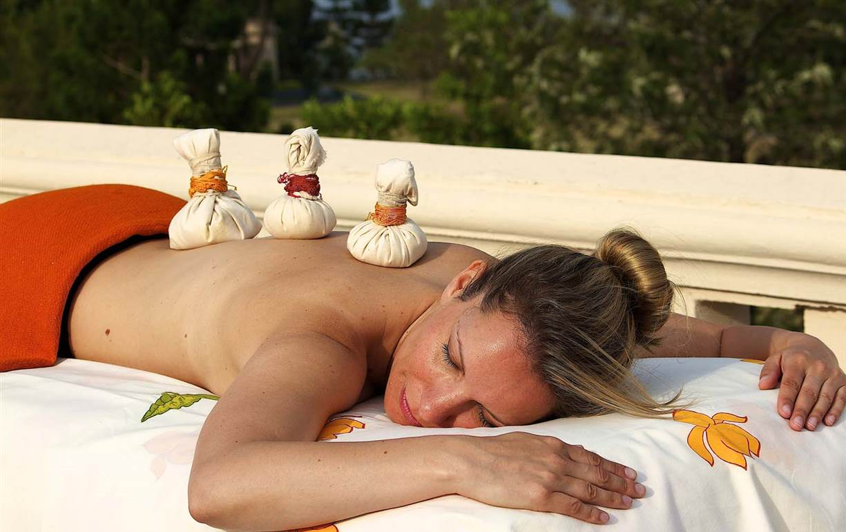 Massage - Ananda in the Himalayas
