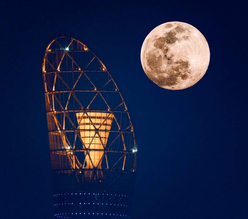 Astro-Tourism - Supermoon in Qatar