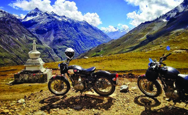 1549893044 sikkim bike 2.jpg Top 3 biking trails in India that are an absolute treat for nature enthusiasts