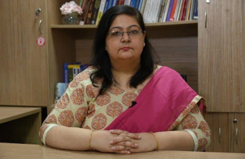 Dr Anjali Midha Saran