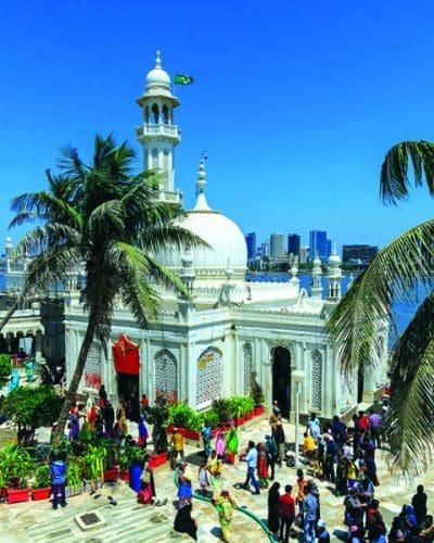 Mumbai 03 2016 13 Haji Ali Dargah Mumbai Diaries - 7 cool experiences you cannot miss