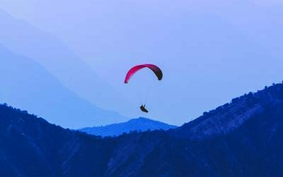 solang velly paraglaiding edited High on holiday with 5 unexplored hill stations that will enchant you