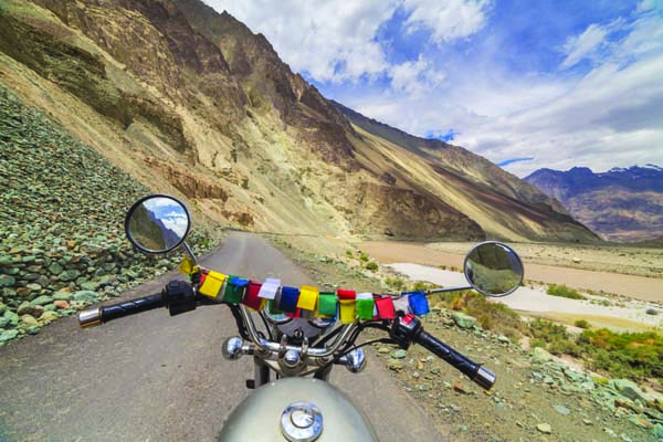 Top 3 biking trails in India that are an absolute treat for nature enthusiasts