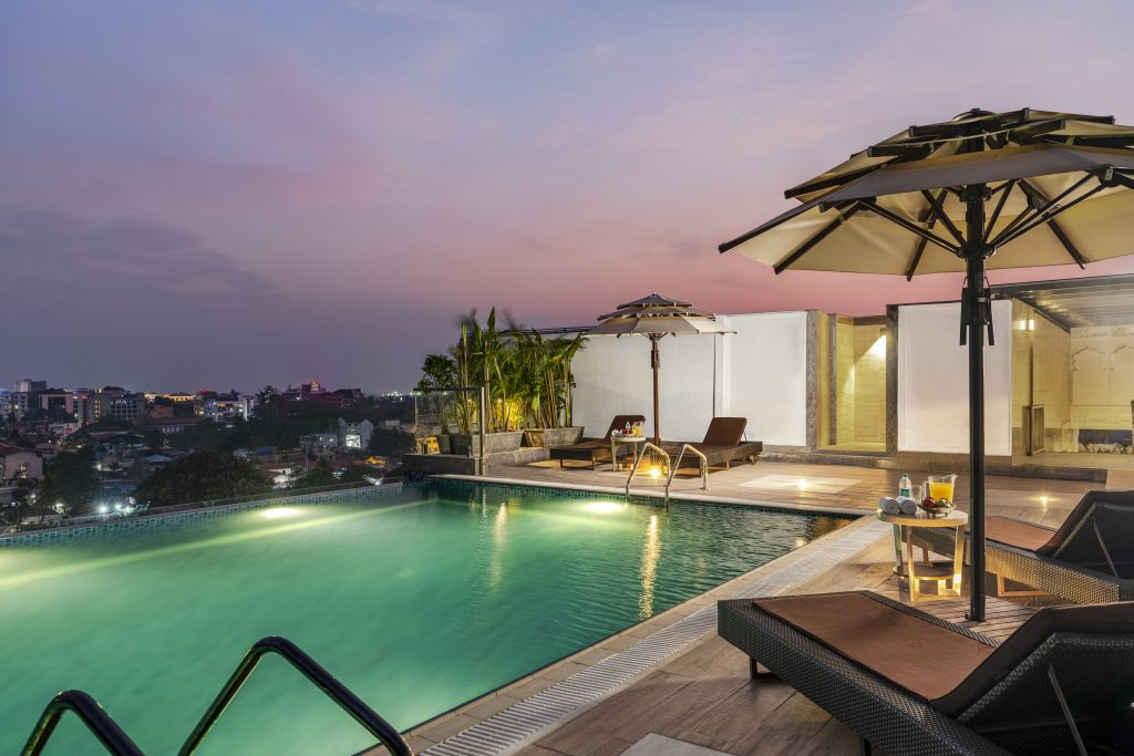 Taj Rooftop Infinity pool