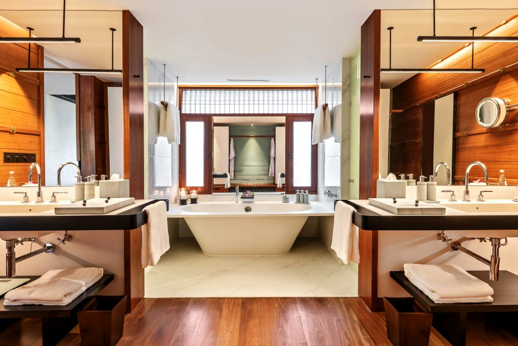 luxurious hotel bathrooms The Datai Langkawi - Canopy Deluxe